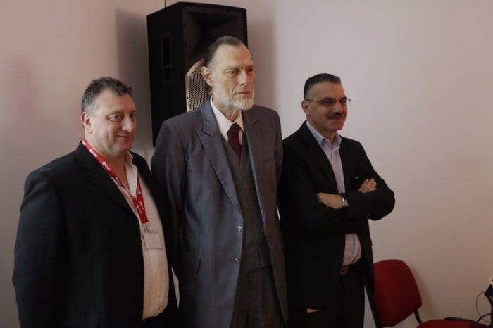 Javier Mussi, Gerente de Marketing; Luis Szychowski Presidente,y Alejandro Straschnoy Gerente General.